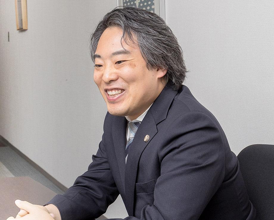まずは森田泰行弁護士にお聞きします。弁護士を目指したきっかけは?